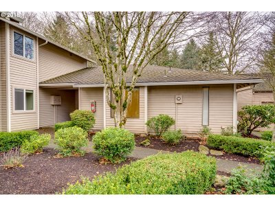 Wilsonville, Canby, Aurora Condo/Townhouse For Sale: 8224 SW Mariners Dr