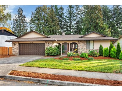 Single Family Home For Sale: 3888 NE 2nd St