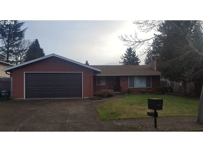 Gresham Single Family Home For Sale: 2132 NW 15th Ct