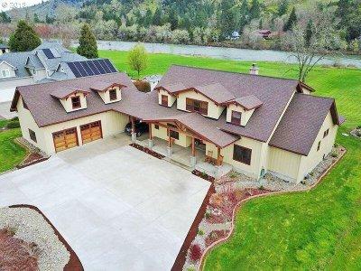 Roseburg Single Family Home For Sale: 603 Cherokee Ave