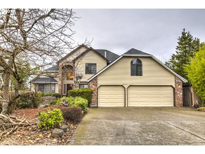 Washington County Single Family Home For Sale: 18555 SW Rigert Rd