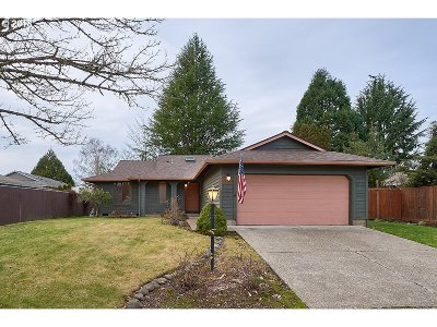 Wilsonville Single Family Home For Sale: 29325 SW Courtside Dr