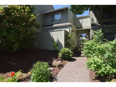 Tigard Single Family Home For Sale: 10573 SW Murdock St