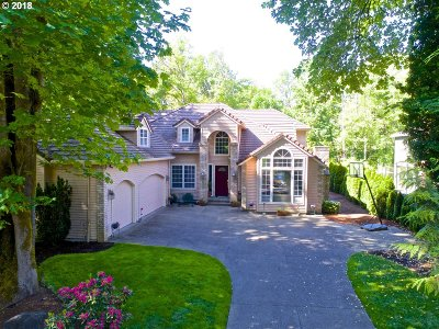 Lake Oswego Single Family Home For Sale: 4635 Dogwood Dr