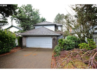 Lake Oswego Single Family Home For Sale: 156 Kingsgate Rd