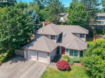 Beaverton Single Family Home For Sale: 8445 SW 158th Pl