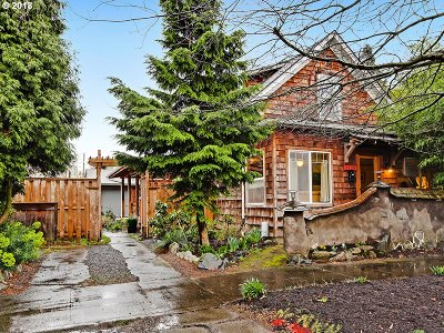 Portland Single Family Home For Sale: 3126 SE 22nd Ave