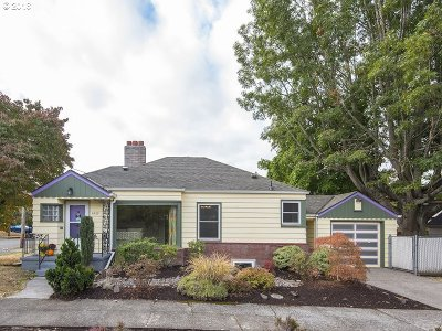 Portland Single Family Home For Sale: 6430 NE Hancock St
