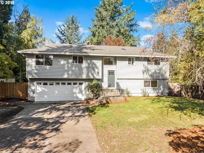 Oregon City Single Family Home For Sale: 1210 Madrona Dr