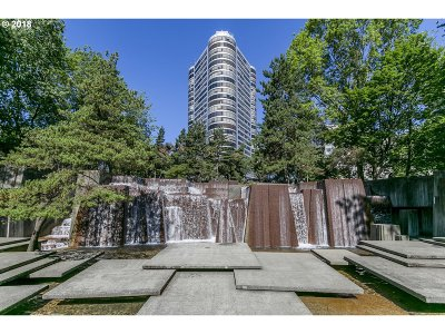 Multnomah County Condo/Townhouse For Sale: 1500 SW 5th Ave #2406