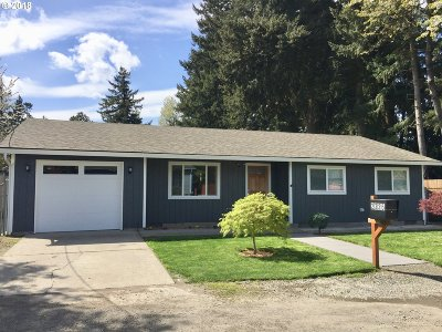 Portland Single Family Home For Sale: 2325 SE 159th Ave