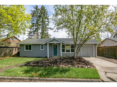 Beaverton Single Family Home For Sale: 13285 SW Devonshire Dr