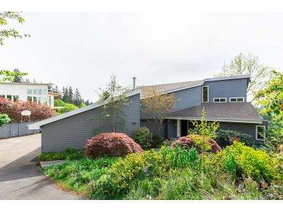Salem Single Family Home For Sale: 2545 Mount Laurel Way