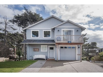 Lincoln City Single Family Home For Sale: 1636 NW 36th St
