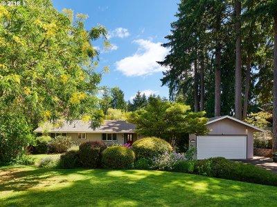 Single Family Home For Sale: 2197 SE Oak Crest Dr