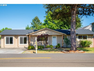 Beaverton Single Family Home For Sale: 1910 SW 198th Ave