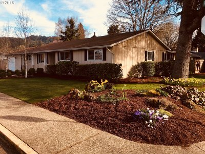 Cottage Grove, Creswell Single Family Home For Sale: 515 Fillmore Ave