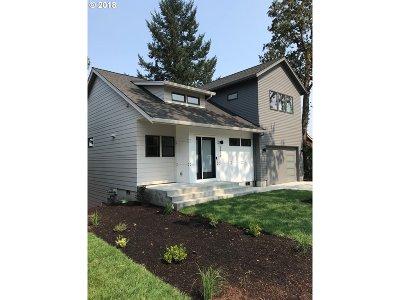 West Linn Single Family Home For Sale: 5679 W A St