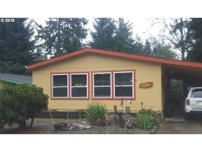 Coos Bay Single Family Home For Sale: 535 Shorepines Ave