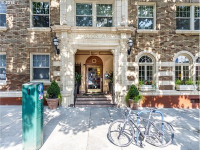 Condo/Townhouse For Sale: 709 SW 16th Ave #301