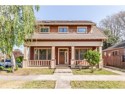 Single Family Home For Sale: 501 NE Rosa Parks Way