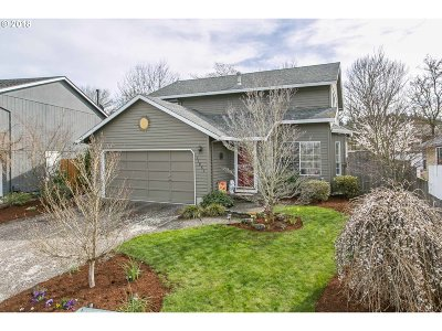 Tigard Single Family Home For Sale: 11861 SW Morning Hill Dr