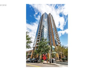 Portland Condo/Townhouse For Sale: 3570 SW River Pkwy #513