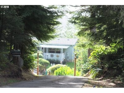 North Bend Single Family Home For Sale: 68350 Oceanic Rd