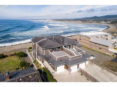 Seaside Single Family Home For Sale: 3182 Sunset Blvd