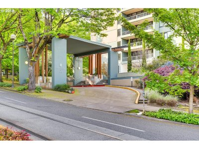 Portland Condo/Townhouse For Sale: 111 SW Harrison St