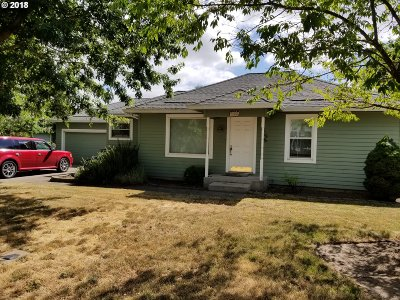 Sherwood, King City Single Family Home For Sale: 22148 SW Hall St