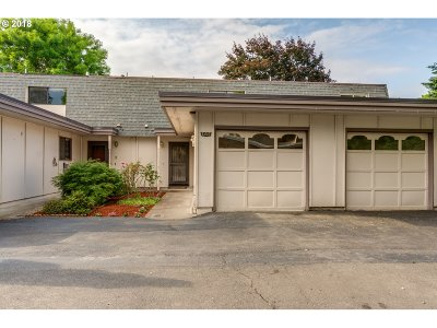 Beaverton Single Family Home For Sale: 6907 SW Camden Ln