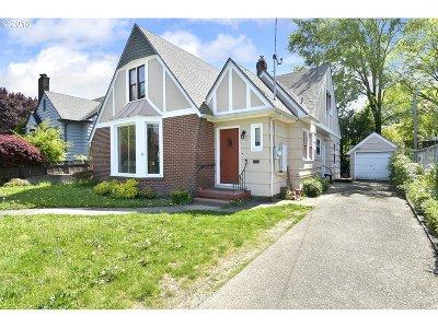 Portland Single Family Home For Sale: 4434 E Burnside St