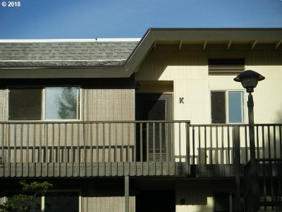 Eugene Condo/Townhouse For Sale: 4083 Donald St #K