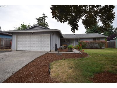 Beaverton Single Family Home For Sale: 3935 SW 202nd Ave