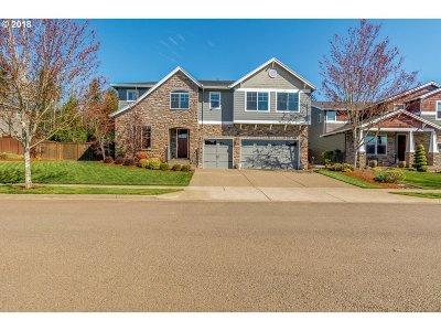 Happy Valley, Clackamas Single Family Home For Sale: 14475 SE Viola Vineyard Dr