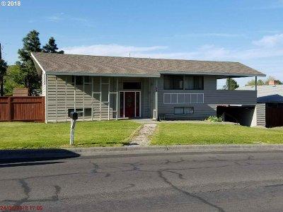 Hermiston Single Family Home For Sale: 804 W Ridgeway