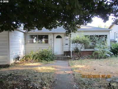 Portland Single Family Home For Sale: 2416 N Kilpatrick St