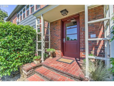 Condo/Townhouse For Sale: 280 NE 60th Ave #23