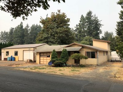 Canby Single Family Home For Sale: 925 N Pine St
