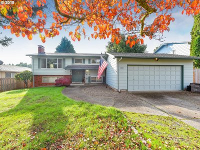 Gresham Single Family Home For Sale: 800 NW 4th St