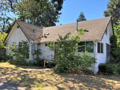Cottage Grove, Creswell Single Family Home For Sale: 705 E Quincy Ave