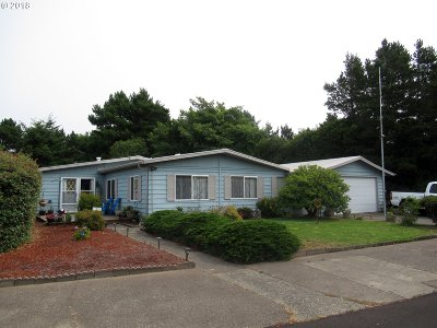 Florence Single Family Home Pending: 1600 Rhododendron Dr #447