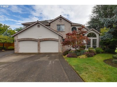Happy Valley Single Family Home For Sale: 11744 SE Sunny Way