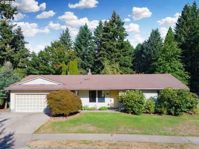 Tualatin Single Family Home For Sale: 21605 SW Martinazzi Ave