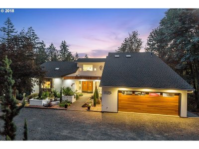 Portland Single Family Home For Sale: 5525 NW Skyline Blvd