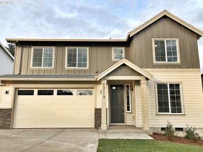 Happy Valley Single Family Home For Sale: 13115 SE Gateway Dr