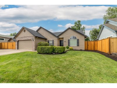 Eugene Single Family Home For Sale: 4084 Hampshire Ln