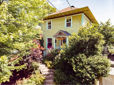 Portland Single Family Home For Sale: 3124 NE Davis St