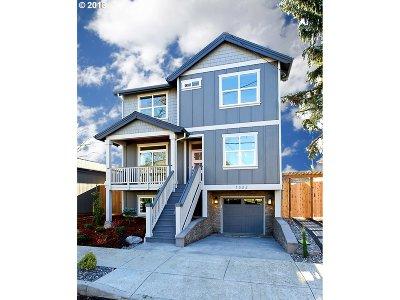 Single Family Home For Sale: 7386 NE Oregon St